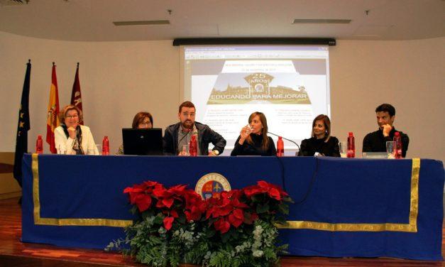 Mesa redonda sobre «Valores y esfuerzo en la educación»