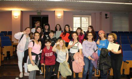 Entrega de diplomas en la UMU a los nuevos alumnos mediadores