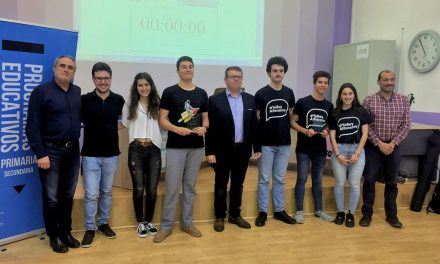 Subcampeones en el English Debating Tournament