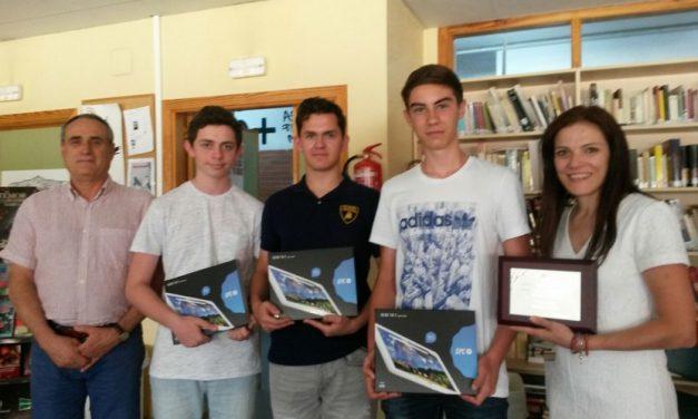 Alumnos premiados en concurso de educación vial y prevención de accidentes