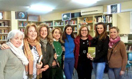 Encuentro de los alumnos del IES Juan Carlos I de Murcia con la escritora Espido Freire