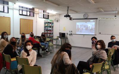 Actividad del alumnado del C.F.G.M. de Atención a personas en situación de dependencia en una residencia de ASTUS